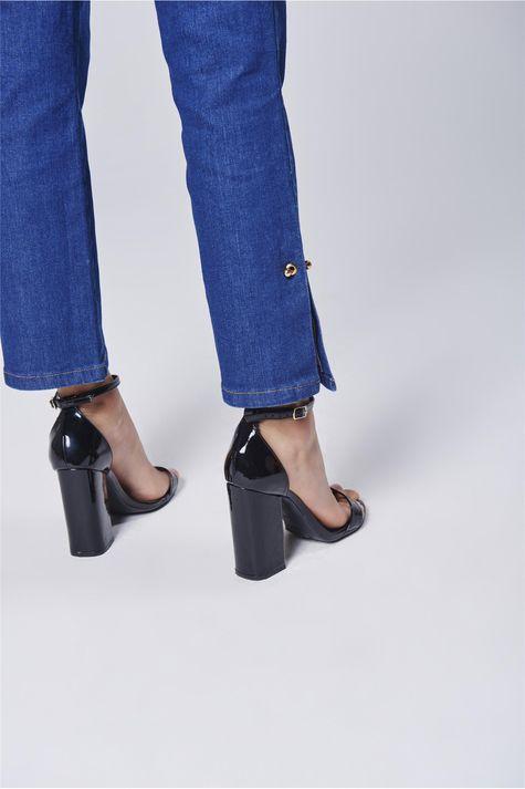 Calca-Jeans-Cropped-com-Detalhe-Lateral-Detalhe--