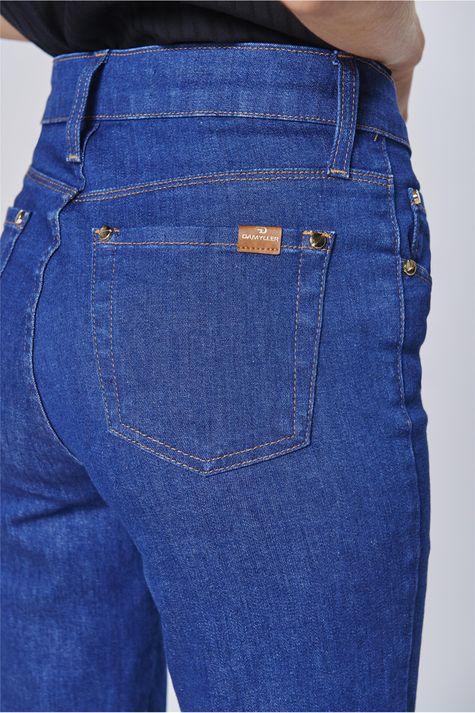 Calca-Jeans-Cropped-com-Detalhe-Lateral-Detalhe-1--