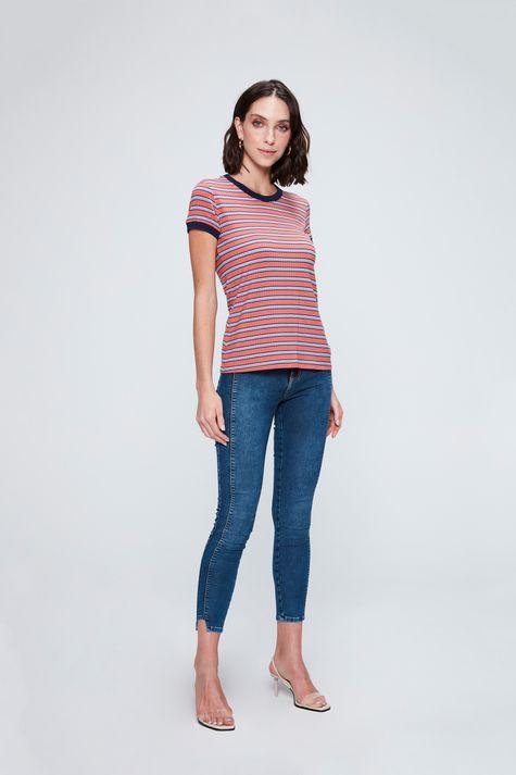 Camiseta-Feminina-Listrada-com-Ribana-Detalhe-1--