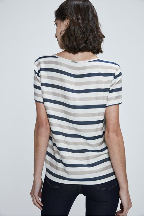 Camiseta-com-Estampa-Natural-Vibes-Costas--