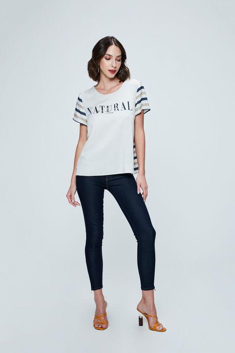 Camiseta-com-Estampa-Natural-Vibes-Detalhe-1--