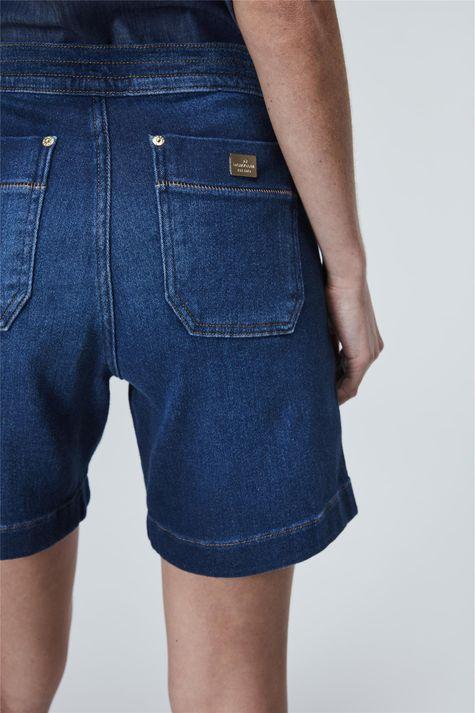 Bermuda-Jeans-Jogger-Feminina-Detalhe--