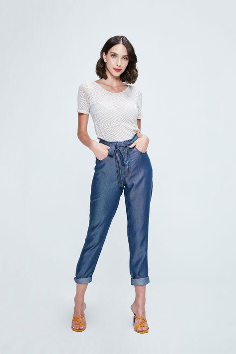 Camiseta-de-Trico-Leve-Feminina-Detalhe-1--