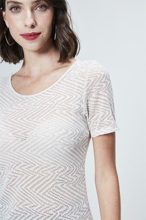 Camiseta-de-Trico-Leve-Feminina-Detalhe--