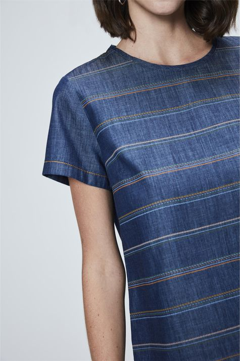 Camiseta-Jeans-Listrada-Feminina-Detalhe--
