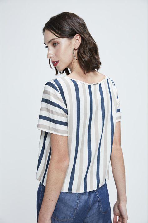 Camisa-Cropped-Listrada-Feminina-Costas--