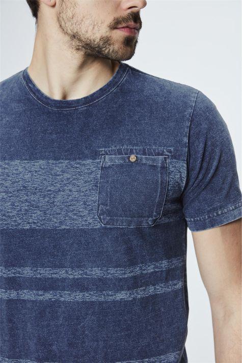 Camiseta-de-Malha-Denim-com-Listras-Detalhe--