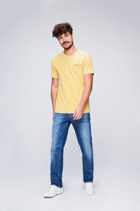 Camiseta-Tingida-Masculina-Detalhe-1--