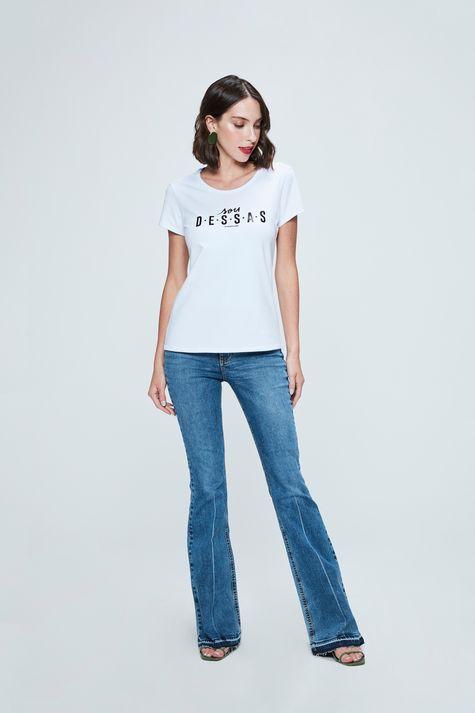 Camiseta-com-Estampa-Sou-Dessas-Feminina-Detalhe-2--