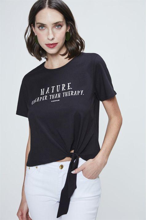 Camiseta-Cropped-com-Amarracao-Estampada-Detalhe--
