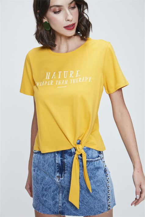 Camiseta-Cropped-com-Amarracao-Estampada-Frente--