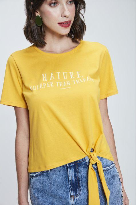 Camiseta-Cropped-com-Amarracao-Estampada-Detalhe-1--
