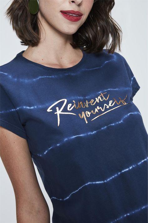 Camiseta-Tie-Dye-Estampada-Detalhe--