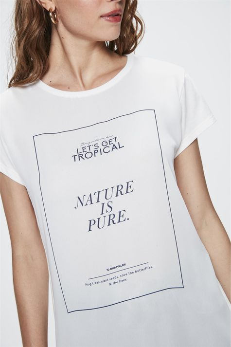 Camiseta-com-Estampa-Nature-is-Pure-Detalhe--