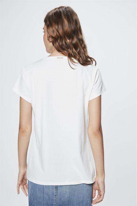 Camiseta-com-Estampa-Nature-is-Pure-Costas--