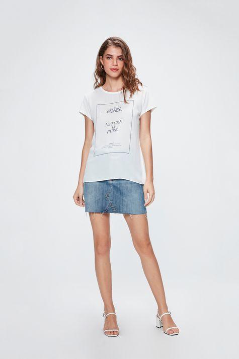 Camiseta-com-Estampa-Nature-is-Pure-Detalhe-1--