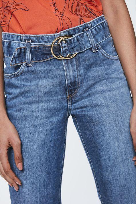 Calca-Jeans-Reta-Cropped-com-Cinto-Detalhe--