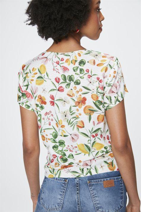 Blusa-com-Estampa-Floral-e-Amarracao-Costas--