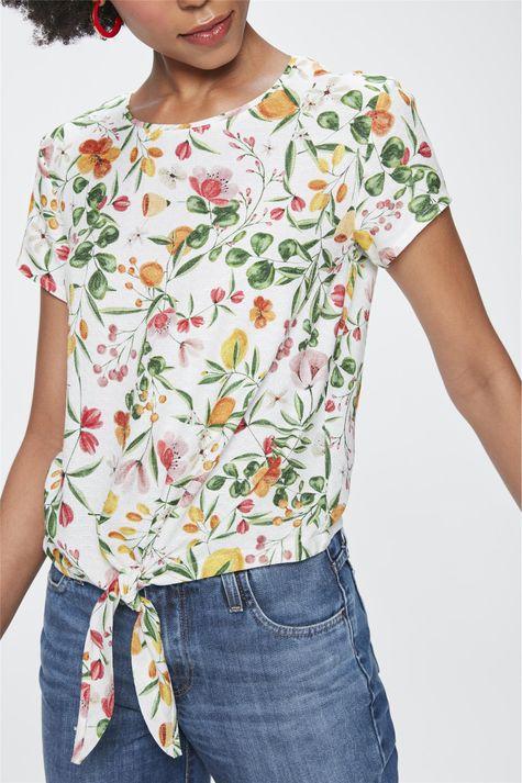 Blusa-com-Estampa-Floral-e-Amarracao-Detalhe--