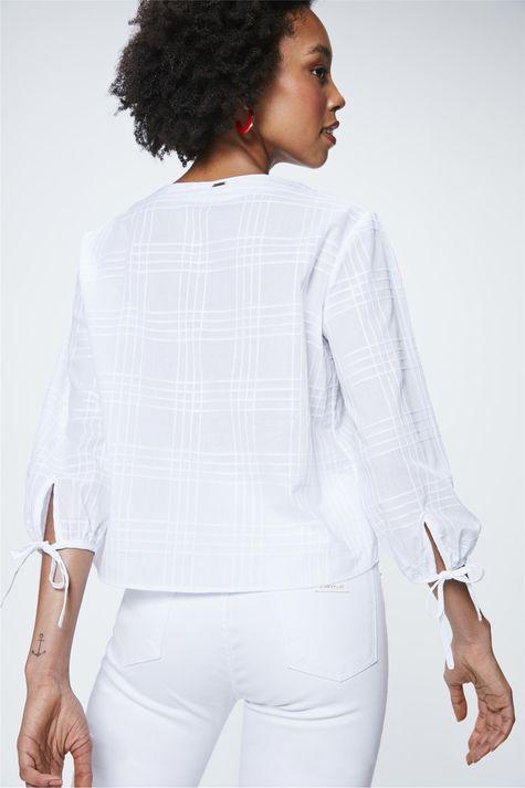 Camisa-com-Transparencia-Xadrez-Feminina-Costas--