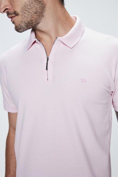 Camisa-Polo-com-Ziper-no-Decote-Frente--