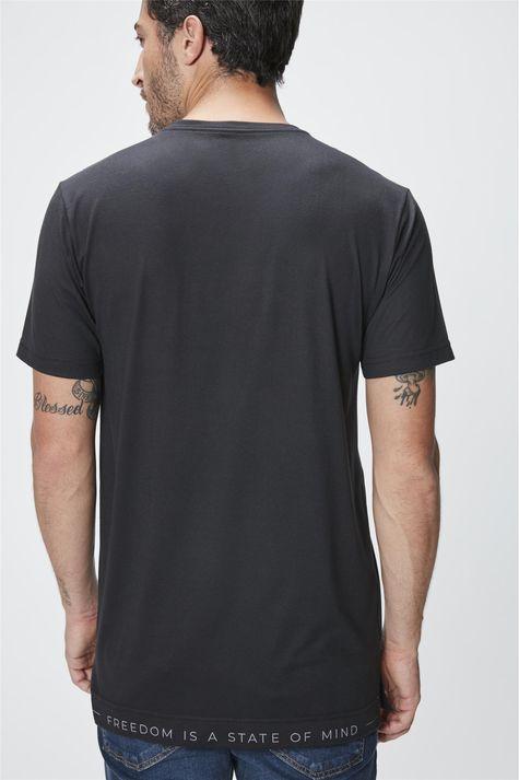 Camiseta-com-Estampa-Explore-Masculina-Costas--