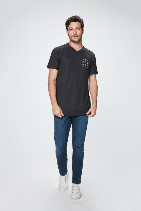 Camiseta-com-Estampa-Explore-Masculina-Detalhe-1--