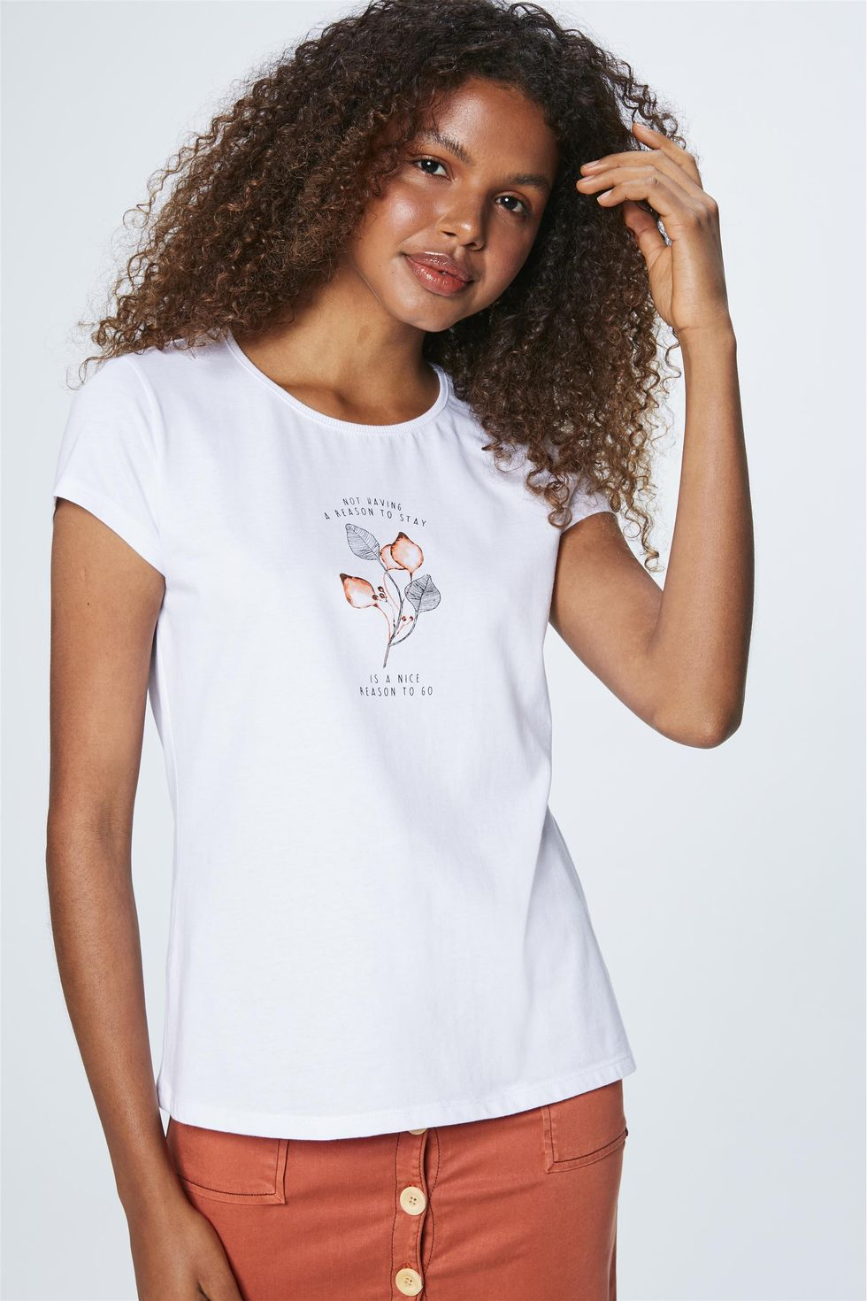 Camiseta-Feminina-com-Estampa-Metalizada-Frente--