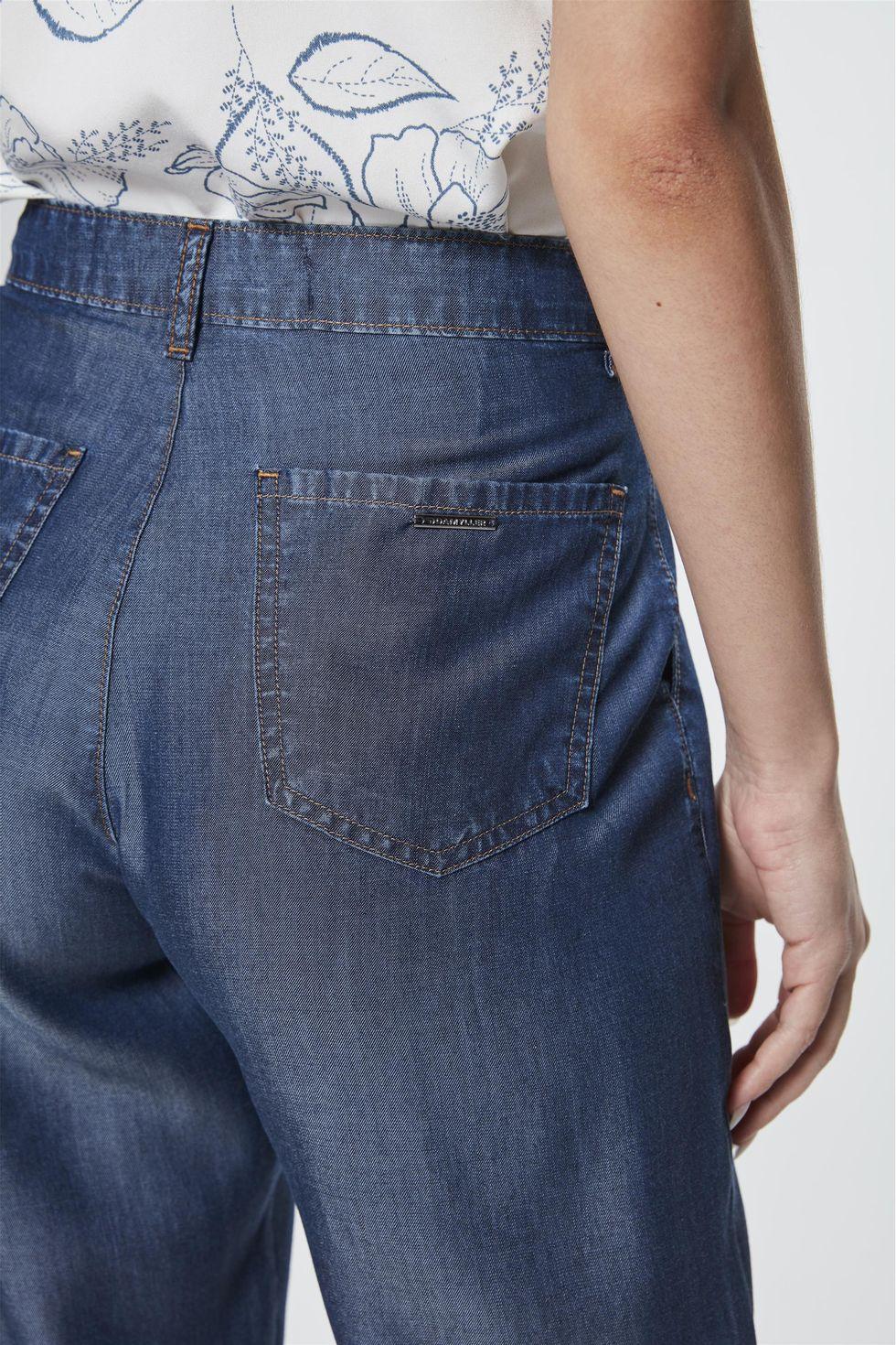 Calca-Jeans-Reta-Cropped-Feminina-Frente--