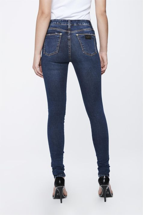 Calca-Jeans-com-Cintura-Alta-Feminina-Detalhe--