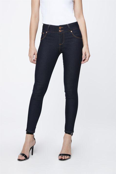 Calca-Jeans-Escuro-com-Cintura-Media-Frente-1--