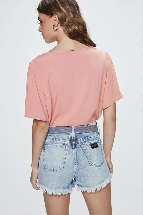 Short-Jeans-de-Cintura-Alta-com-Cinto-Costas--