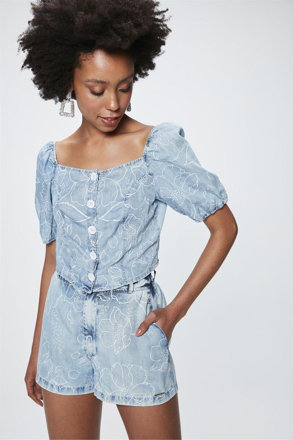 Top-Cropped-Jeans-com-Estampa-Floral-Frente--
