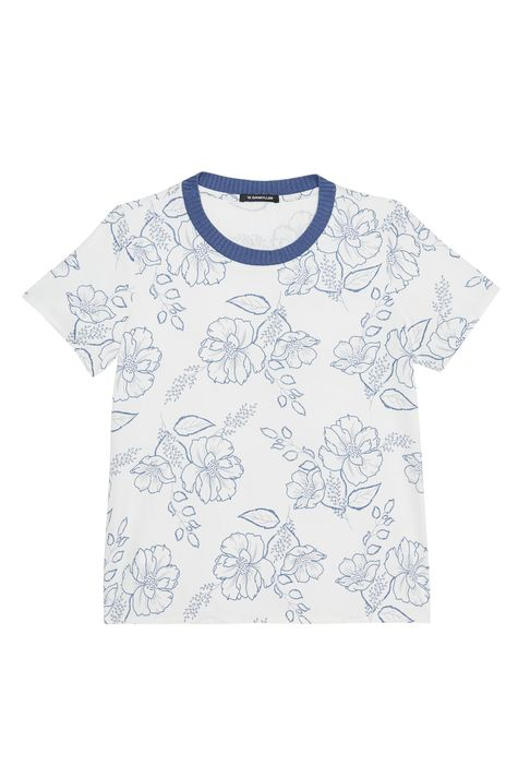Camiseta-com-Estampa-Floral-Feminina-Detalhe-Still--