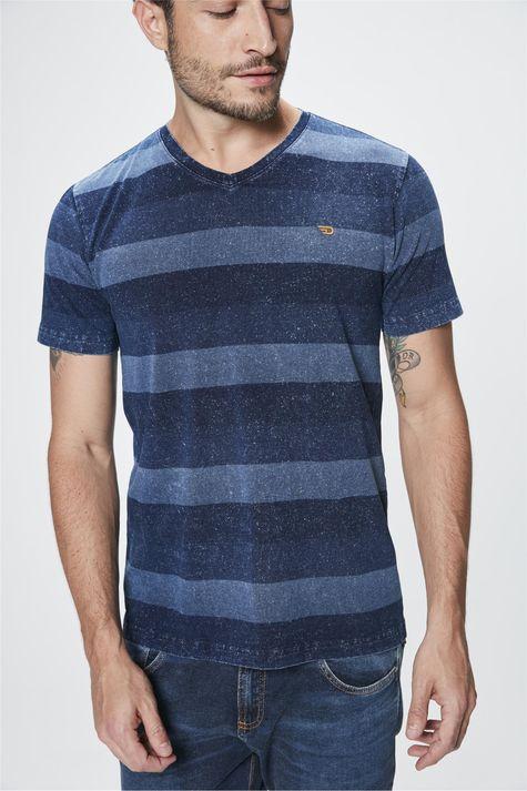 Camiseta-com-Estampa-Listrada-Masculina-Frente--