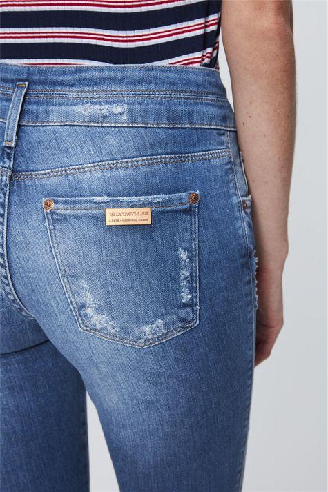 Calca-Jeans-Cropped-com-Cintura-Alta-Detalhe--