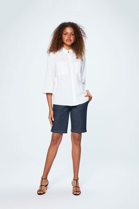 Camisa-com-Bolsos-Feminina-Detalhe-2--