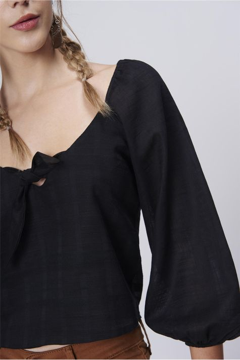 Blusa-Cropped-Amarracao-Feminina-Detalhe--