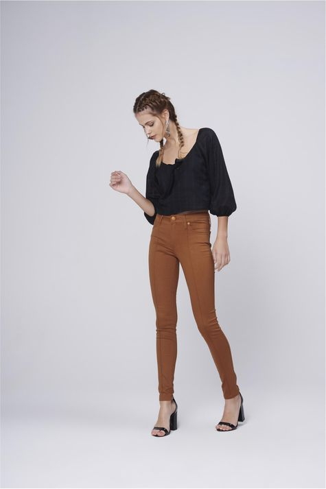 Blusa-Cropped-Amarracao-Feminina-Detalhe-1--