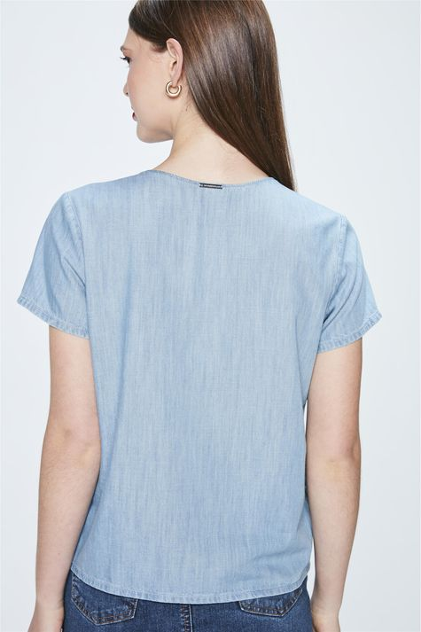 Camiseta-Jeans-Feminina-Detalhe--