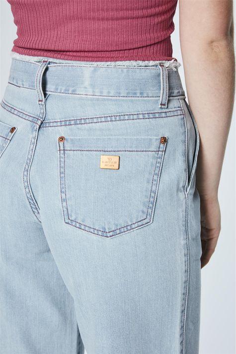 Calca-Pantacourt-Jeans-com-Amarracao-Detalhe-1--