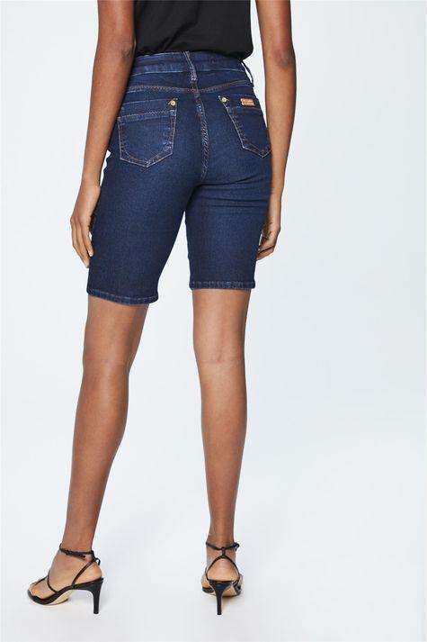 Bermuda-Jeans-Escuro-Feminina-Costas--