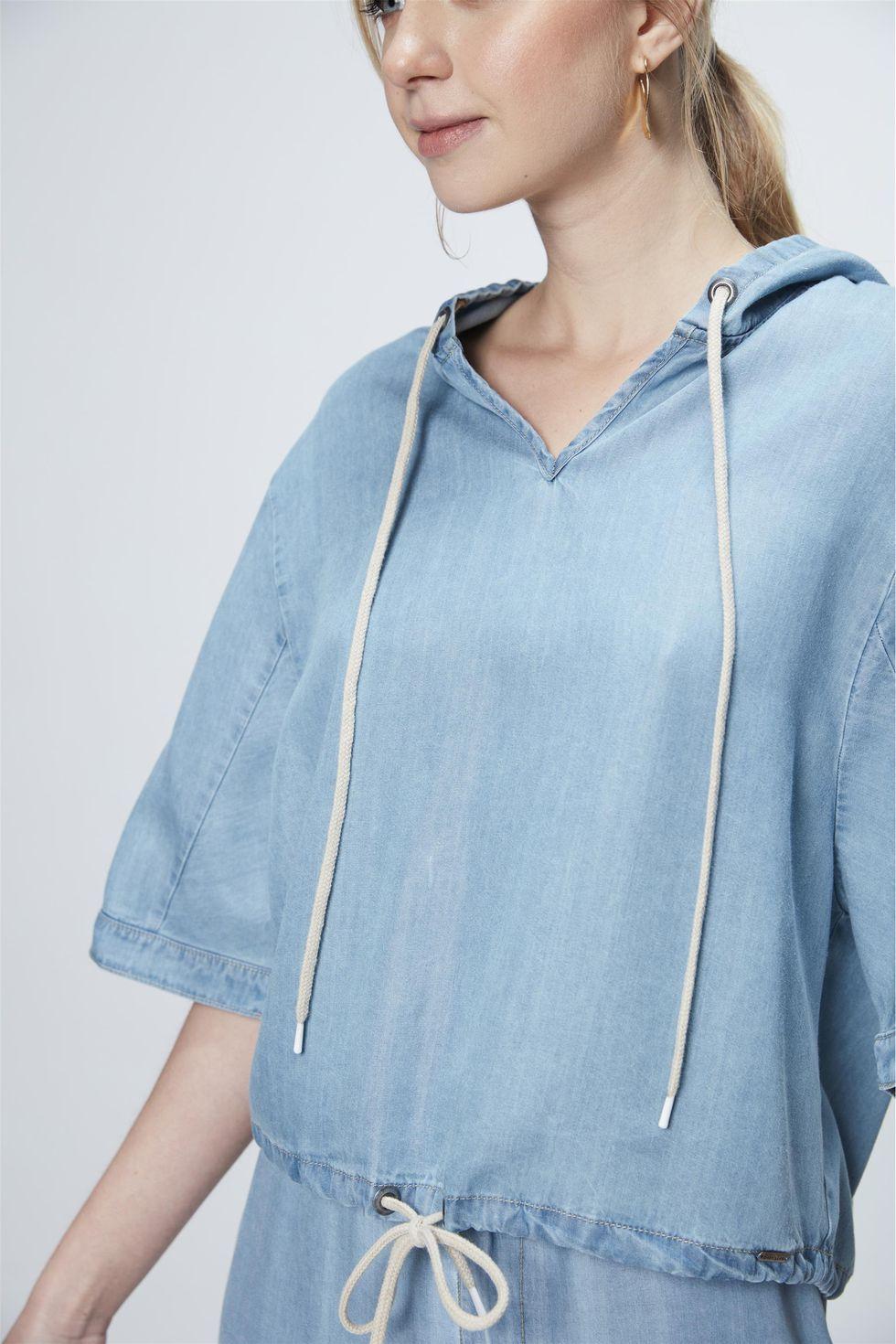 Blusa-Jeans-com-Capuz-Feminina-Frente--