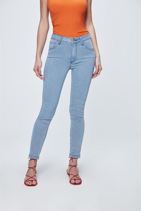 Calca-Jeans-Jegging-Cropped-Cintura-Alta-Frente-1--