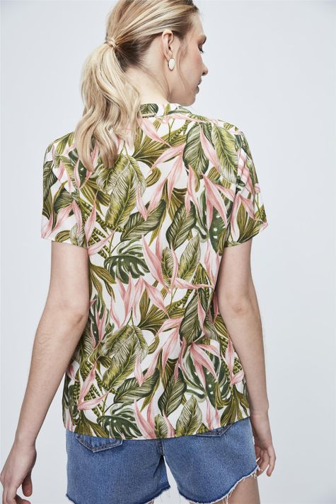 Blusa-Feminina-com-Estampa-Tropical-Costas--