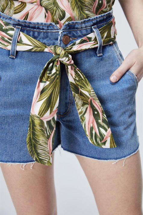Short-Jeans-de-Cintura-Alta-com-Lenco-Detalhe--