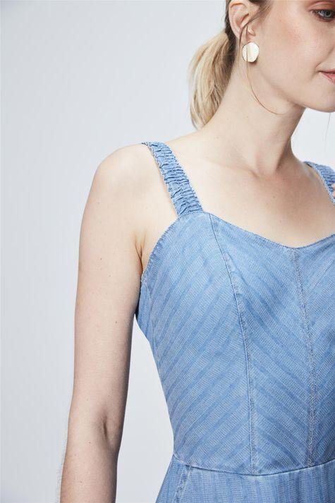 Vestido-Medio-Jeans-com-Textura-Detalhe--