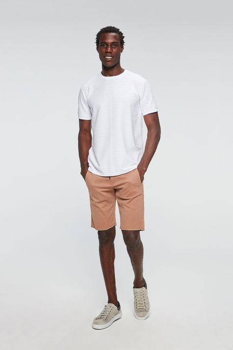 Camiseta-com-Bordado-Masculina-Detalhe-1--