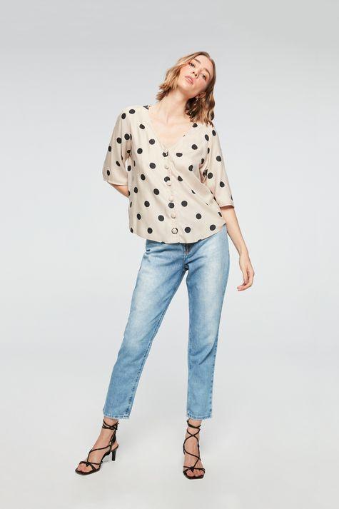 Camisa-Manga-3-4-com-Estampa-de-Bolinhas-Detalhe-1--