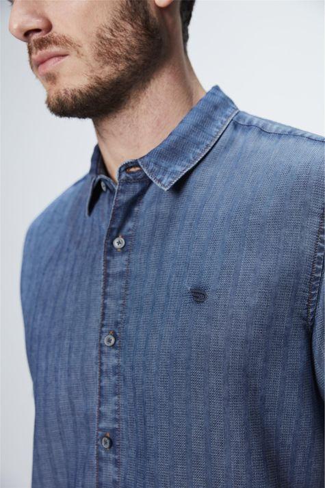 Camisa-de-Manga-Curta-Jeans-com-Textura-Detalhe--